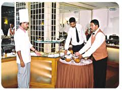 career-hotel-management